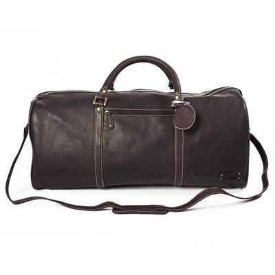 WEEKENDER TRAVEL BAG In Brown by Adventure Avenue